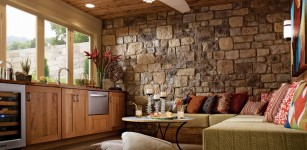 2-lovely-Stone-Wall-Living-Room-Design-2014